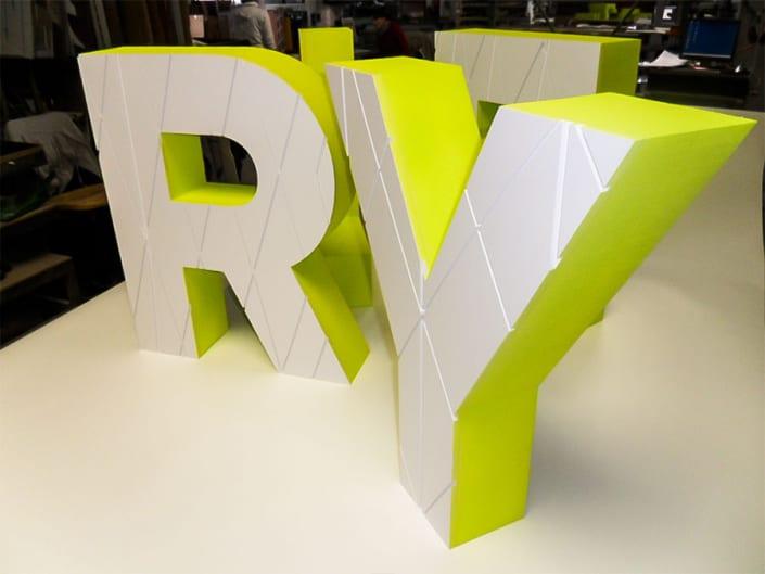 3D Buchstaben 19